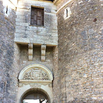 Barbacane du château médiéval de Selles sur Cher