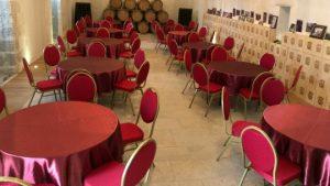 Salle Robert de Courtenay château de Selles sur Cher tables rondes