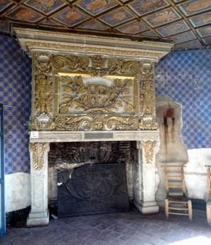 Pavillons Dorés cheminée château Selles sur Cher